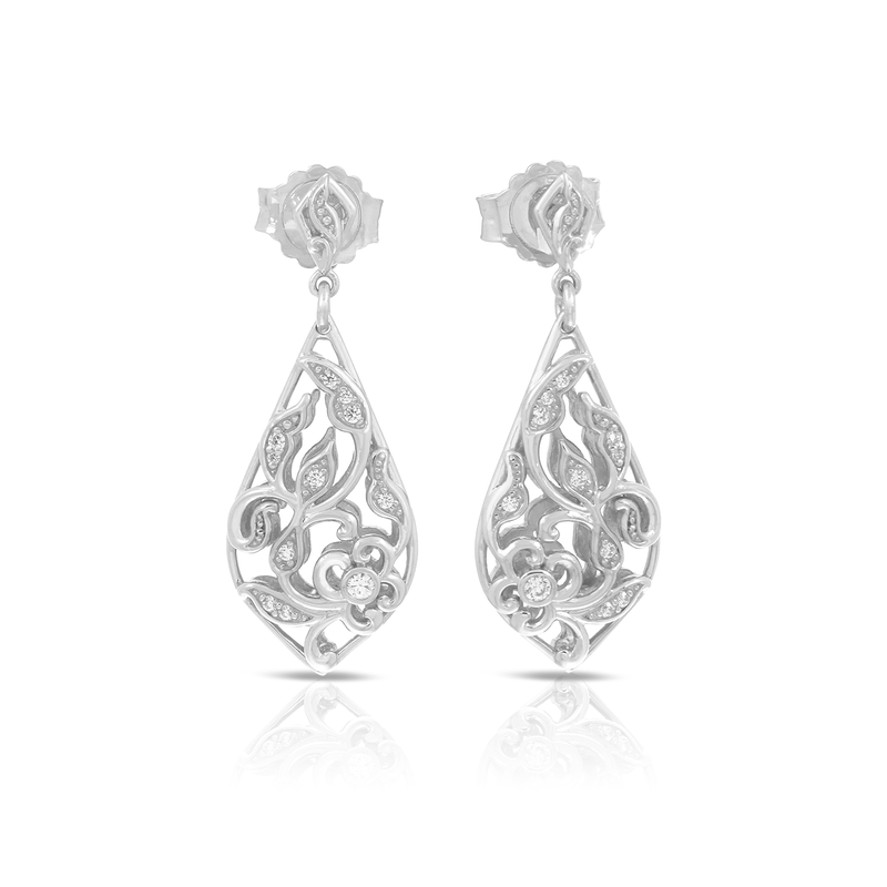 Belle Etoile Empress Earrings