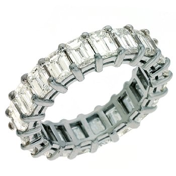 18K White Gold Emerad Cut Eernity Band