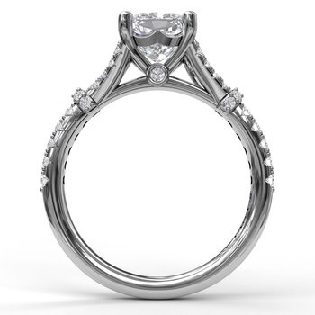 Distinctive Diamond Engagement Ring with a Subtle Split Band