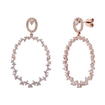 Gorgeous drop diamond  earrings T.W 1.50ct  set in 14K gold.