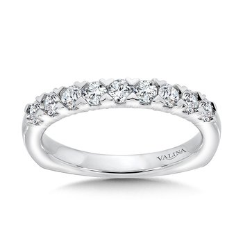 Unique Straight Diamond Wedding Band