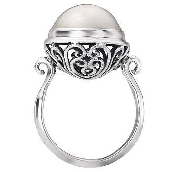 Ladies Fashion Pearl Ring