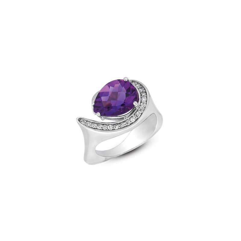 S. Kashi  & Sons Amethyst. & Diamond Ring