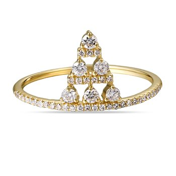 14K triangular shaped Diamond Ring 0.28C