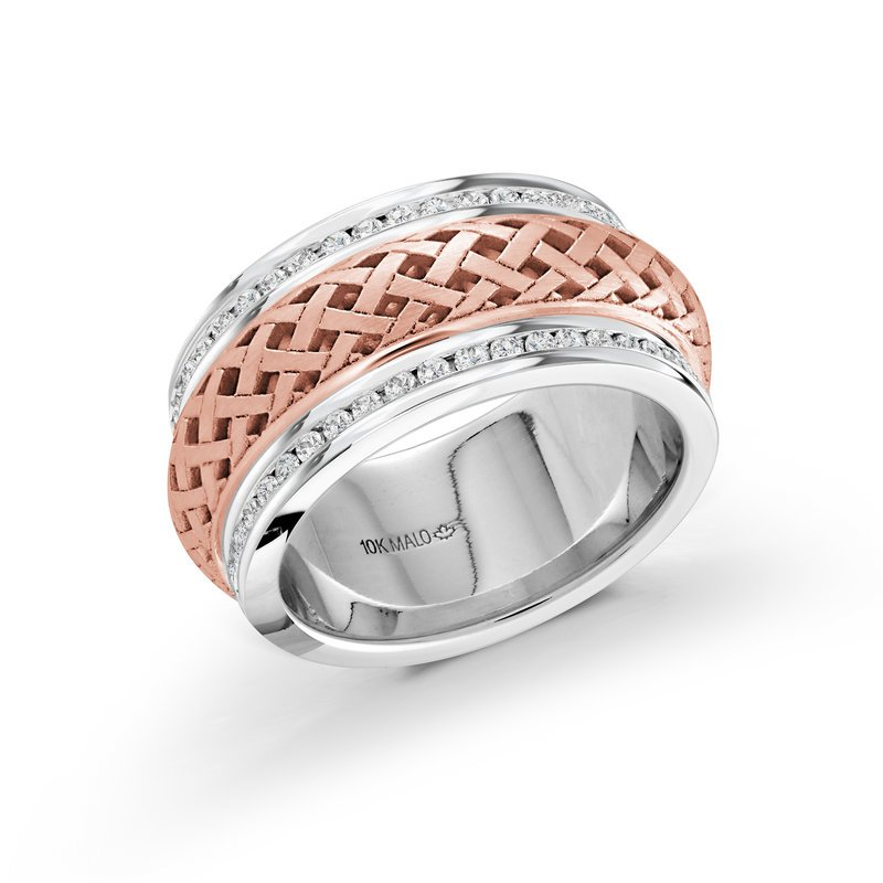 Mardini 9mm white and rose gold pattern cut out center band, embelished with 86X0.01CT edge-set diamonds, creating an exquisite sparkling look