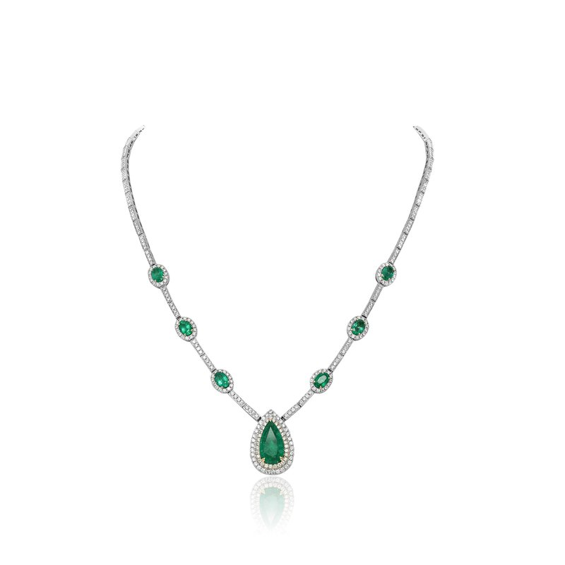 Roman & Jules Pear-shaped Emerald & Diamond Halo Necklace