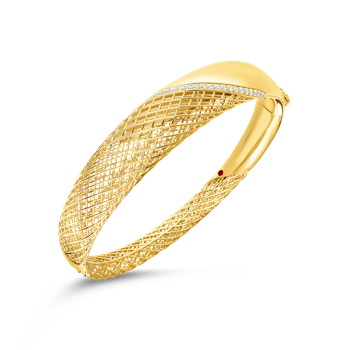 18KT GOLD ROUNDED BANGLE WITH DIAMONDS