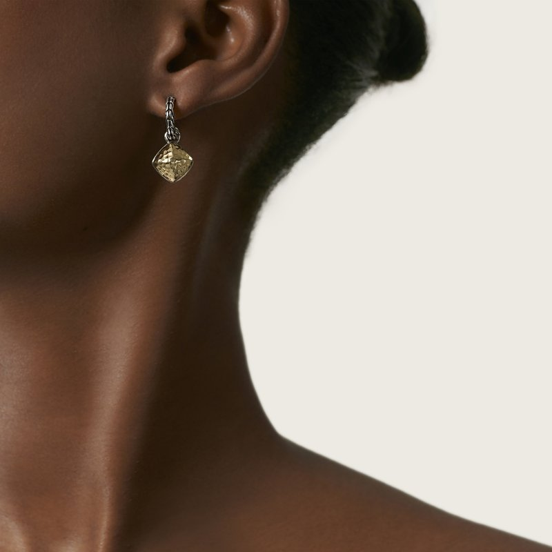 JOHN HARDY Classic Chain Sugarloaf Earring in Silver and Hammered 18K Gold