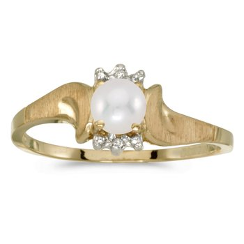 14k Yellow Gold Pearl And Diamond Satin Finish Ring