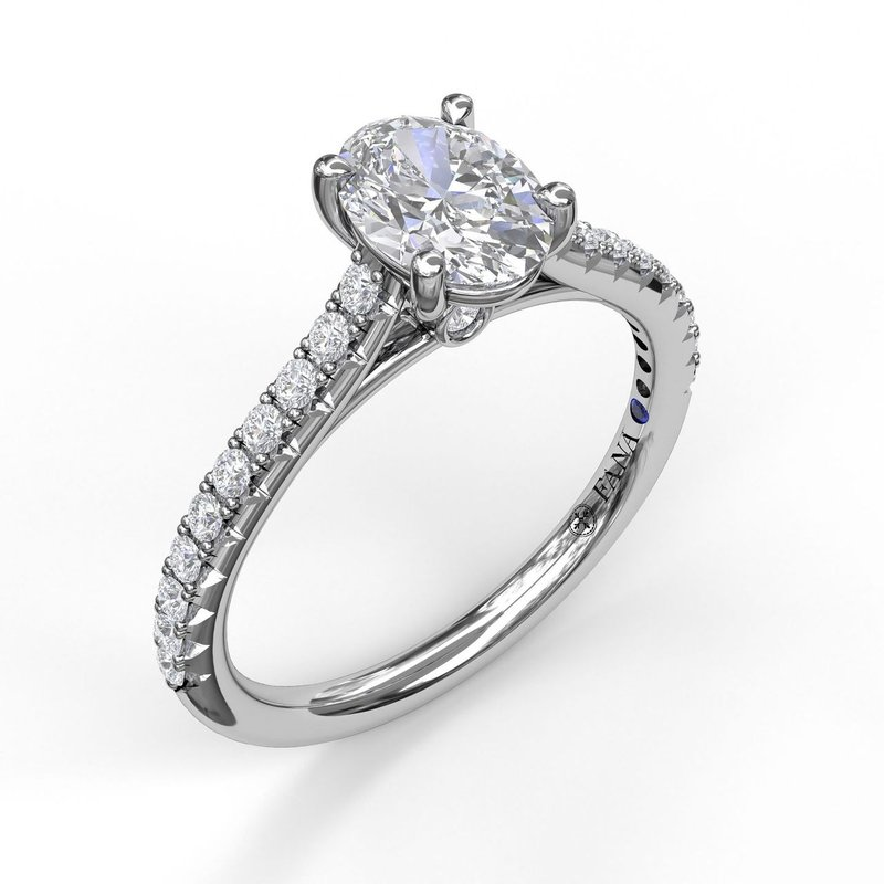 Fana Classic Diamond Engagement Ring with Beautiful Side Detail