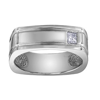 Maple Leaf Diamond Gents Ring