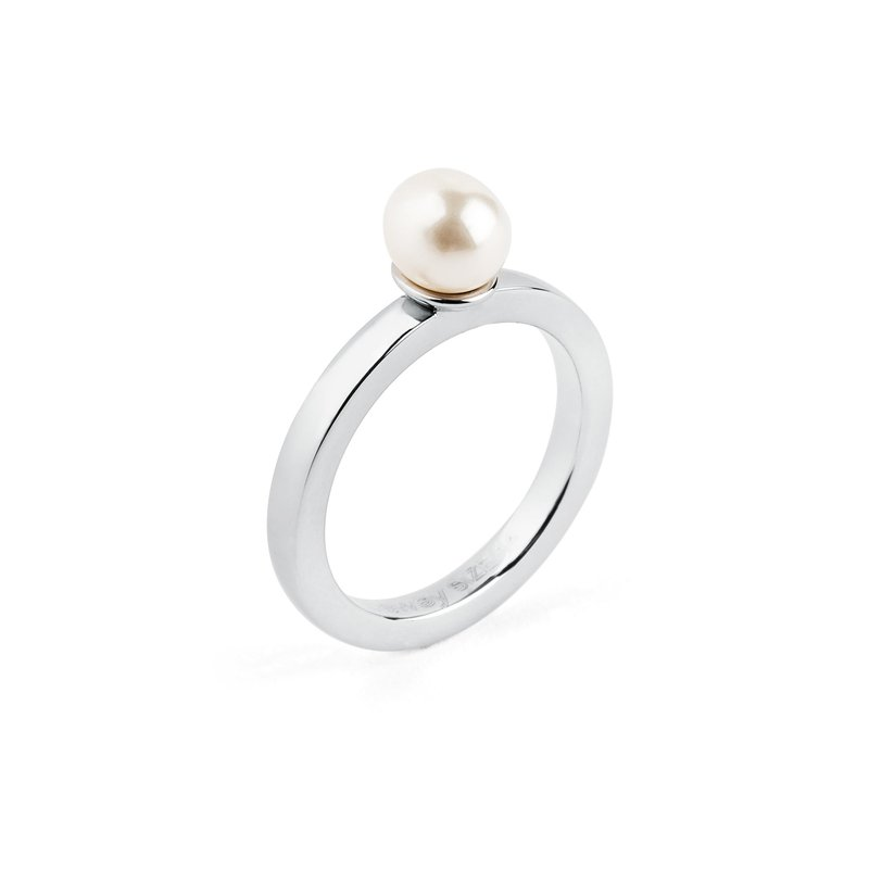 Brosway 316L stainless steel and Swarovski® Elements pearl.