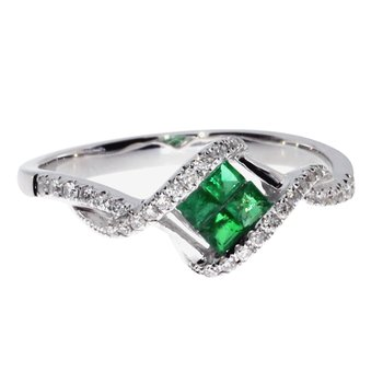 14k White Gold Emerald Princess Fashion Ring