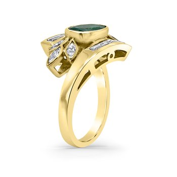 18K Yellow Gold Diamond Emerald Ring