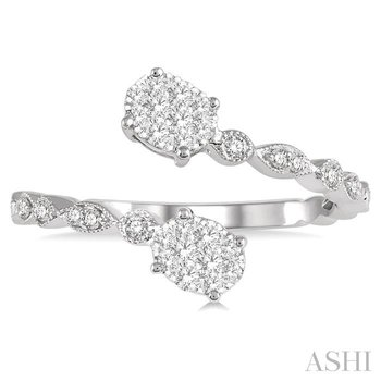 oval shape lovebright 2stone diamond ring