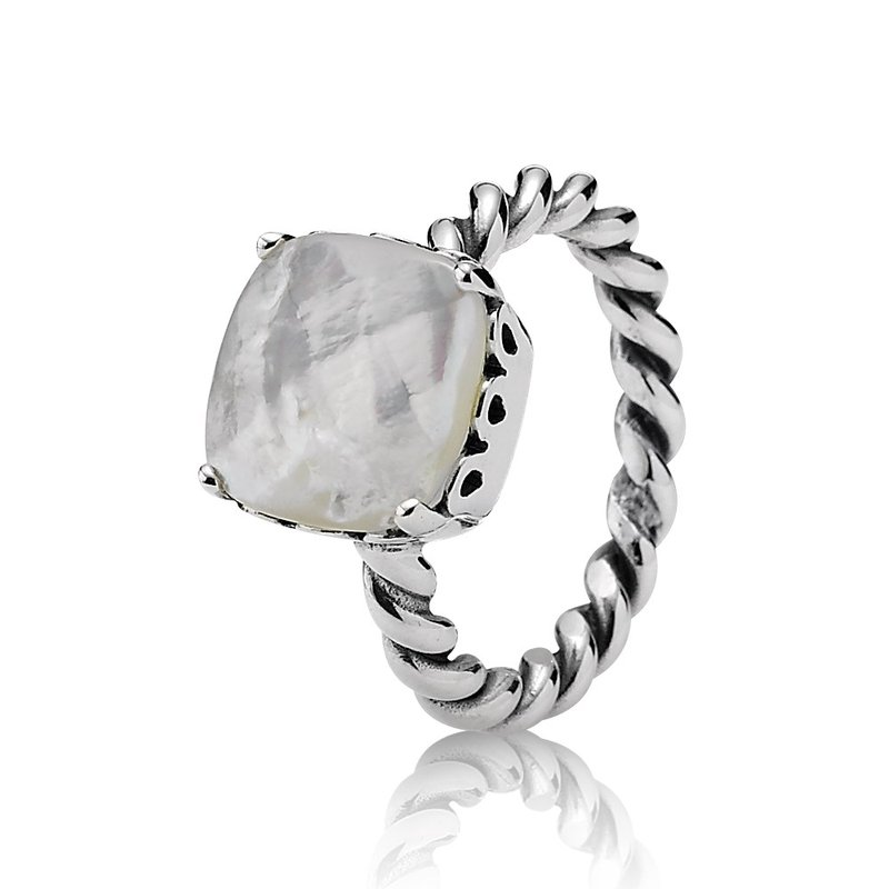 PANDORA Elegant Sincerity, Mother-Of-Pearl