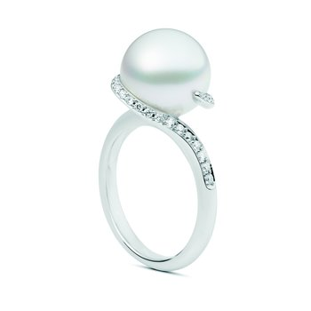 Twist White South Sea Cultured Pearl Ring