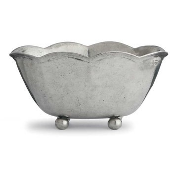 Medium Scalloped Planter