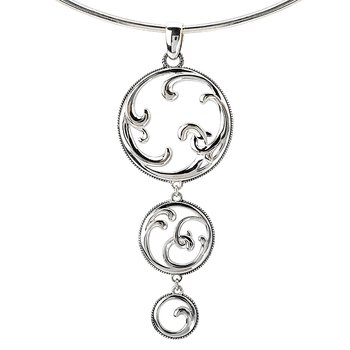 SILVER TRIPLE CIRCLE SWIRL    DESIGN PENDANT