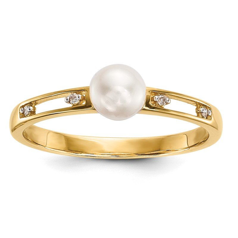 Quality Gold 14k Freshwater Cultured Pearl and Diamond Ring
