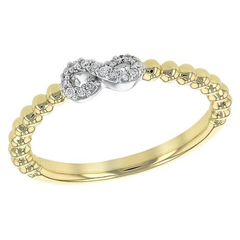 14KT Gold Ladies Diamond Ring