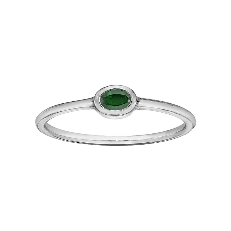 Lasting Treasures™ Emerald Ladies Ring