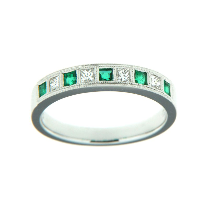 Paragon Fine Jewellery 18k White Gold Ring with Emerald & Diamond