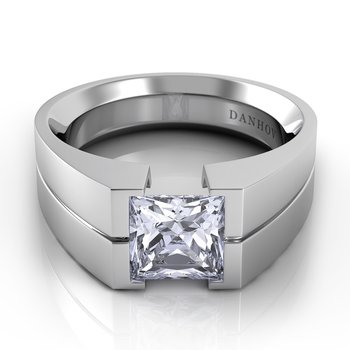 Voltaggio Single Shank Princess-Cut Engagement Ring
