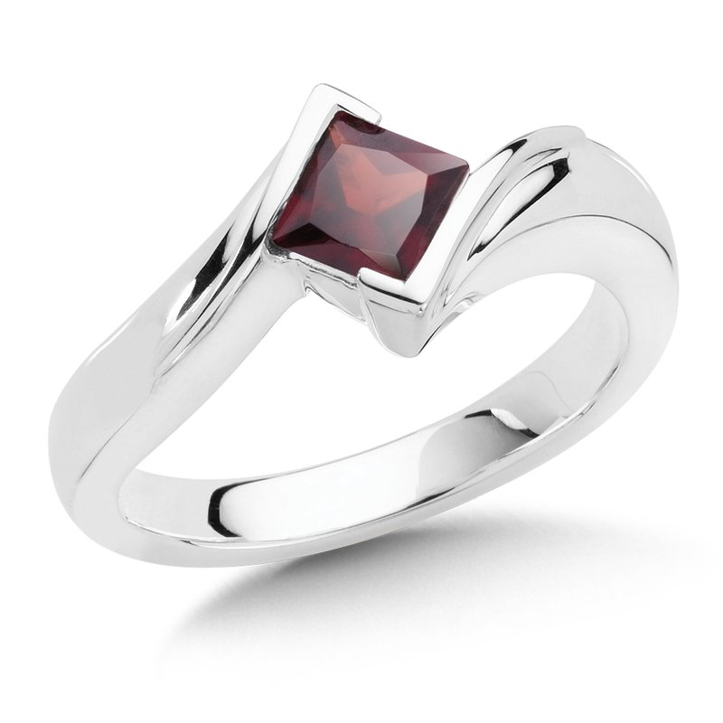 Colore SG Sterling Silver Garnet Essentials Ring