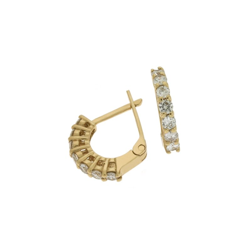 Briana Diamond  Earring