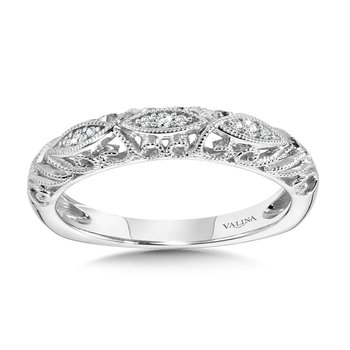 Vintage Milgrain & Filigree Accented Diamond Wedding Band