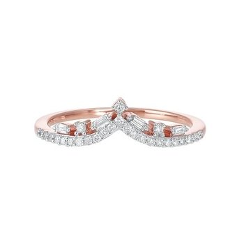 Diamond V-Shaped Stackable Wedding Band in 14k Gold (⅕ ctw)