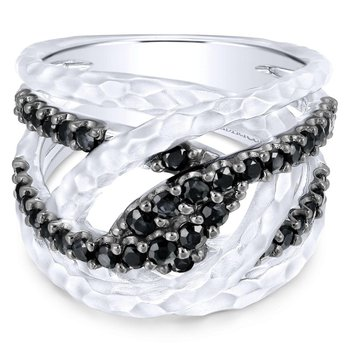 925 Sterling Silver Hammered Twisted Black Spinel Ring