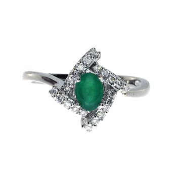 14k White Gold Emerald Fashion Ring