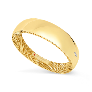 18KT GOLD WIDE BANGLE WITH DIAMONDS