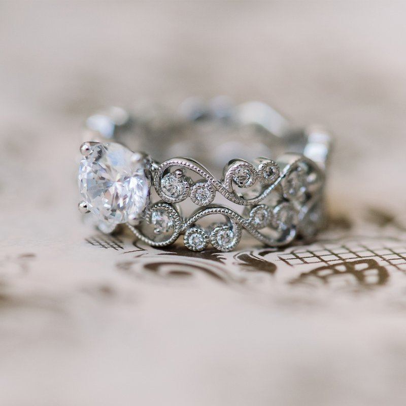 Lace Solitare Diamond Engagement Ring