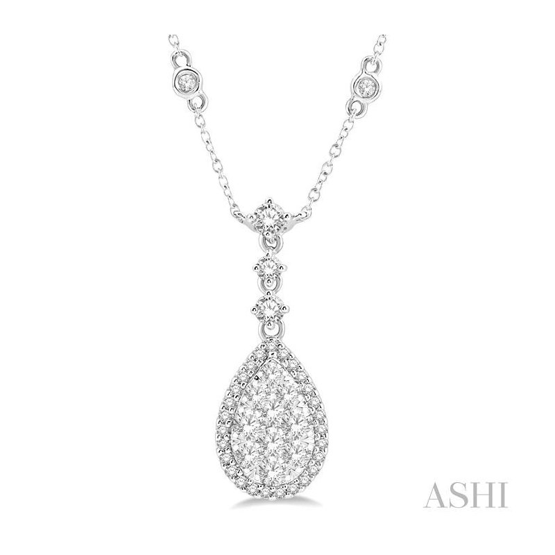 ASHI pear shape lovebright essential diamond necklace