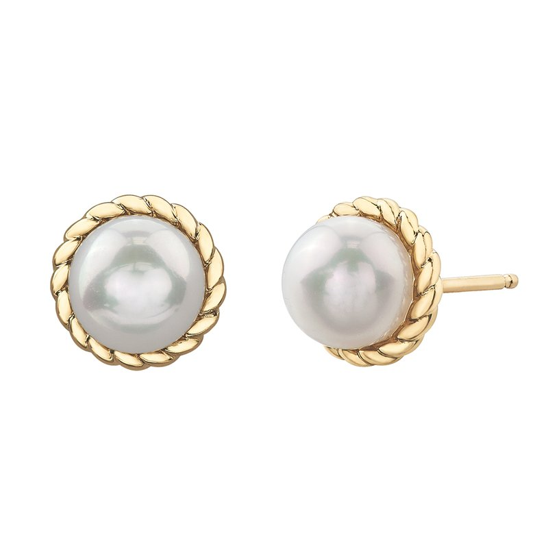 Timeless Beauty Pearls Earrings