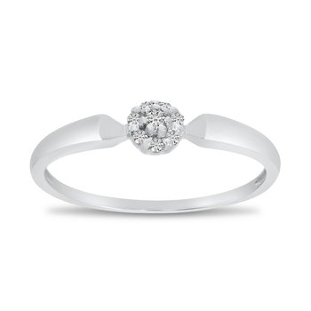 14K White Gold Diamond Cluster Ring