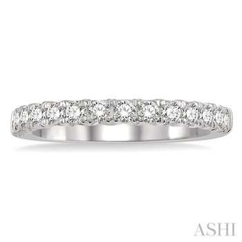 endless embrace diamond wedding band
