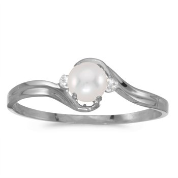 14k White Gold Freshwater Cultured Pearl And Diamond Ring