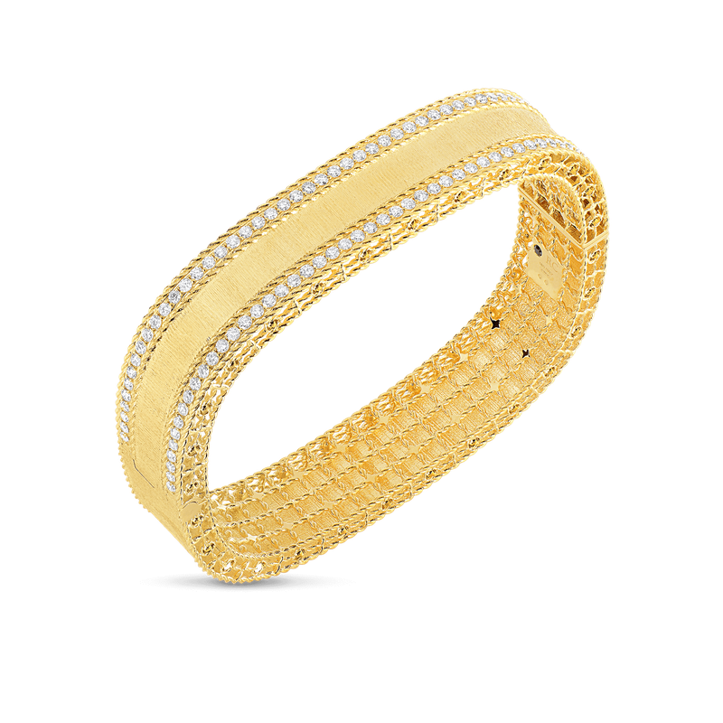 Roberto Coin 18Kt Gold Satin Finish Bangle With Diamond Edges