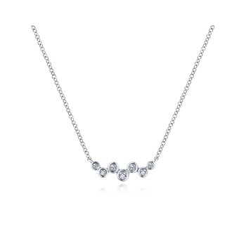 14K White Gold Zig Zag Round Diamond Bar Necklace
