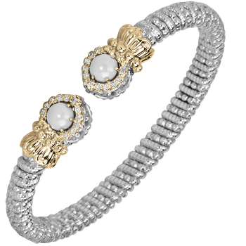 Halo Pearl and diamond bracelet