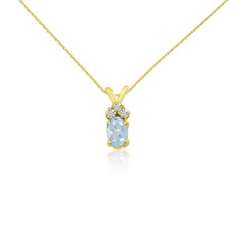 14K Yellow Gold Oval Aquamarine Pendant with Diamonds