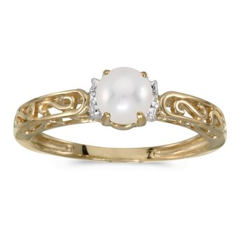 10k Yellow Gold Freshwater Cultured Pearl And Diamond Ring