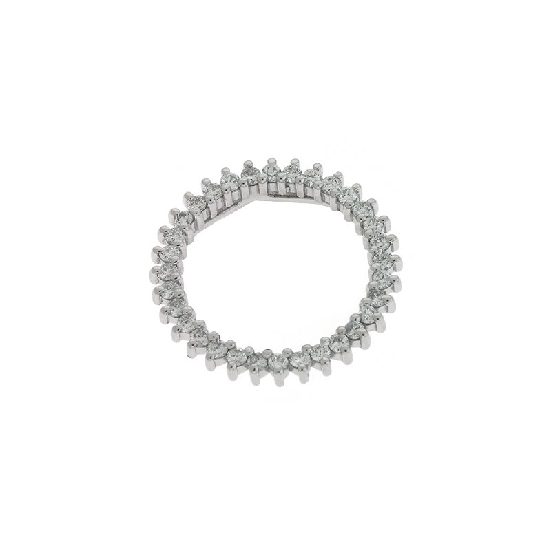 Briana White Gold Three Prong Circle