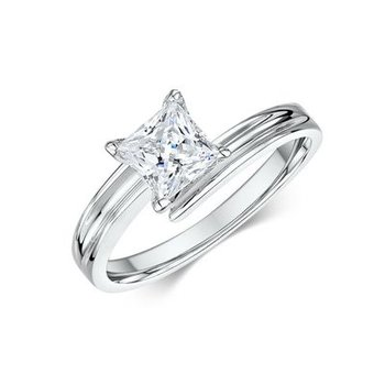 Criss Cross Princess Solitaire