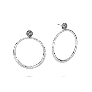 Classic Chain Round Earring in Hammered Silver