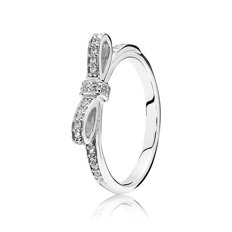PANDORA Sparkling Bow Stackable Ring, Clear Cz
